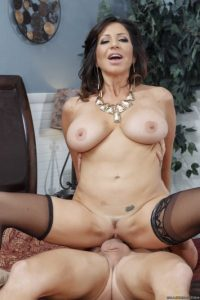 Tara Holiday - Milfs Like It Big
